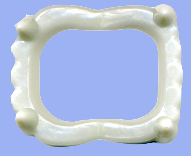 накладные зубы из полиморфуса